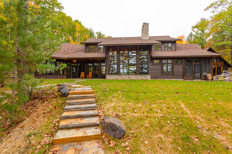 Custom Lake Home